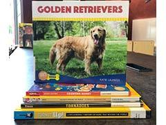pila de libros de no ficción para niños