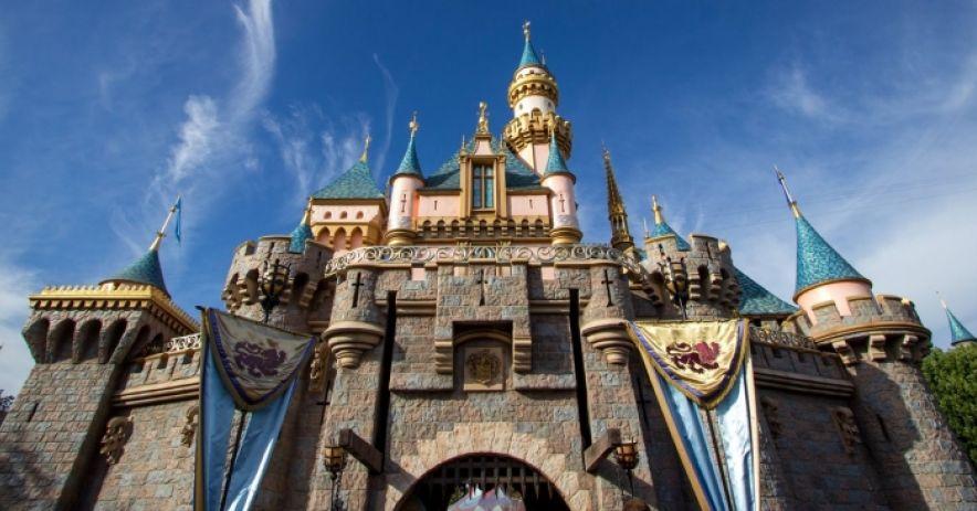 Castillo de la Bella Durmiente de Disneyland