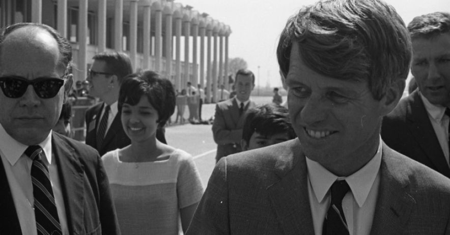 Senator Kennedy's arrival at the San Jose Municipal Airport on March 23, 1968. Courtesy of San Jose State University, Special Collections Archives. Spartan Daily Negatives Collection, 2012, Archival Finding Aids.