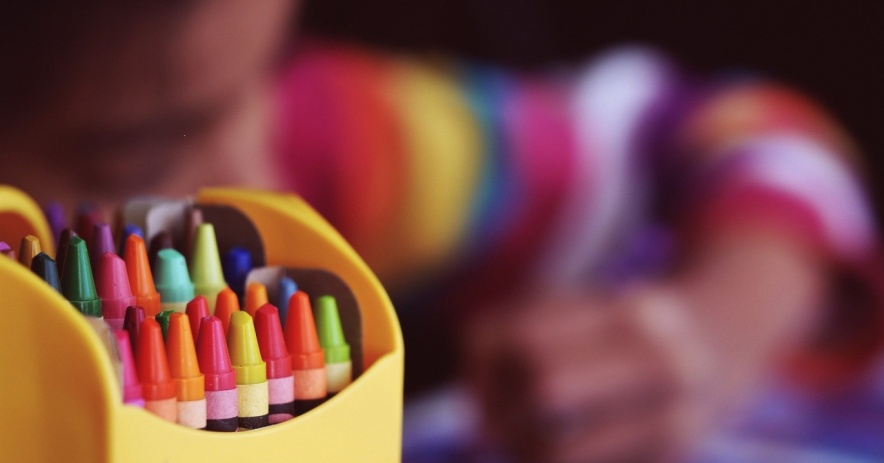 crayons, child, writing