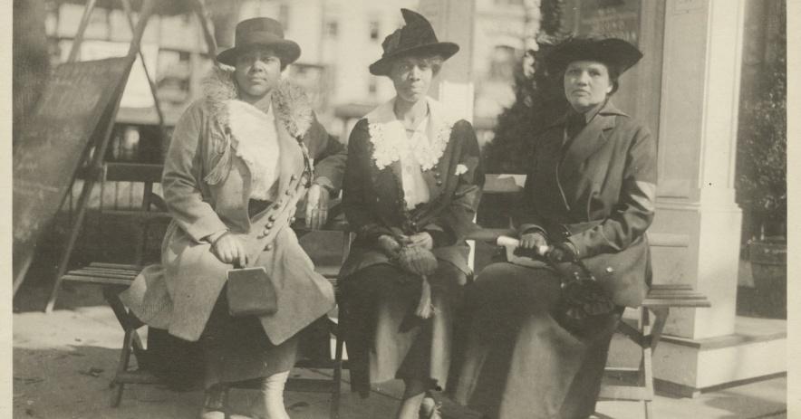 Comité de préstamos de Hartford's Color Women's Liberty, 1917