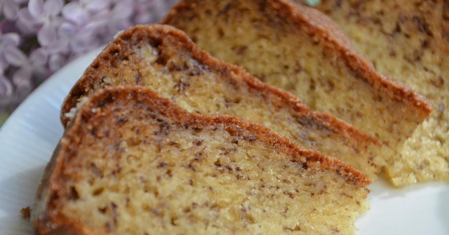Rebanadas de pan de plátano.