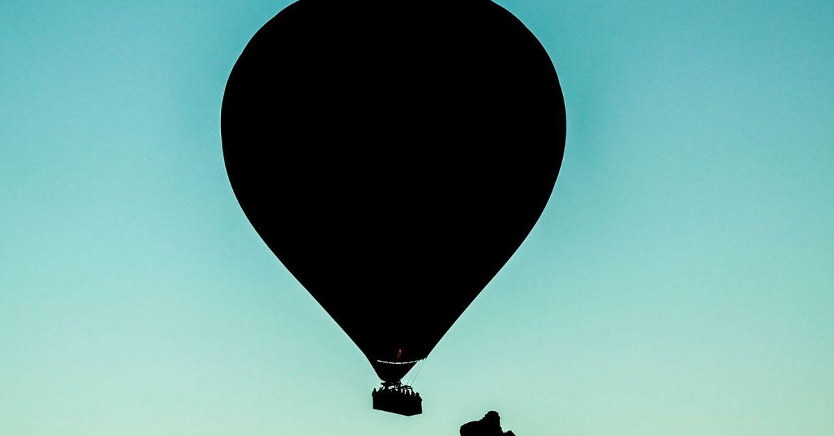 silueta de globo